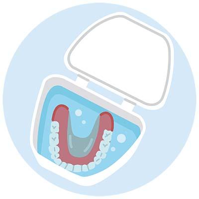 義歯の保管についてイラスト