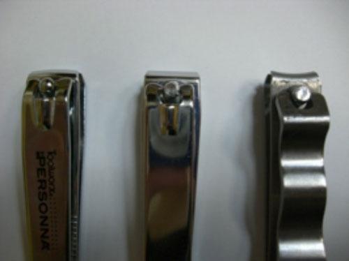 写真:ストレート型の爪切り3種類