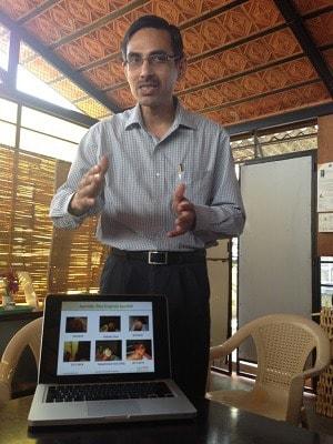 インドで3つのアーユルヴェードの病院を経営しているラジブ氏
