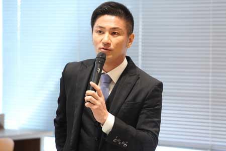 講師の多江先生の写真