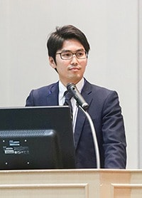 仲上豪二朗さん(東京大学大学院医学系研究科健康科学・看護学専攻老年看護学/創傷看護学分野)の写真