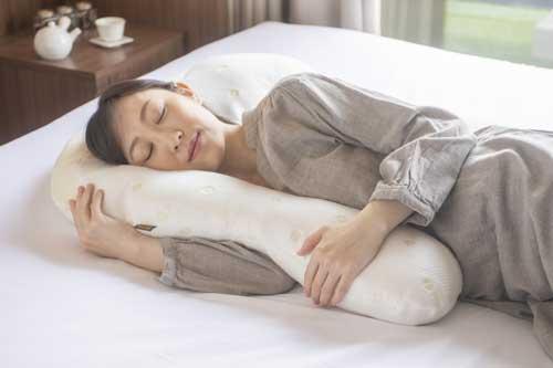 仰向き寝だけじゃなくて横向き寝にも完全フォロー